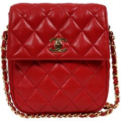 1980's CHANEL red quilted leather satchel bag with gold CC turnlock