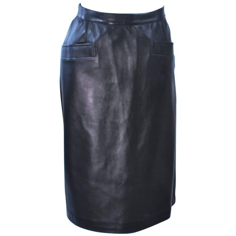 920522e2d22f YVES SAINT LAURENT Black Leather Skirt Size 46 For Sale at 1stdibs