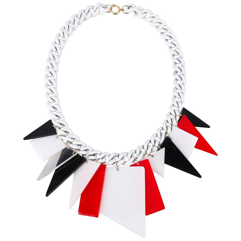 MOD c.1960s Red White Black Large Lucite Acrylic Geometric Enamel Chain Necklace 1