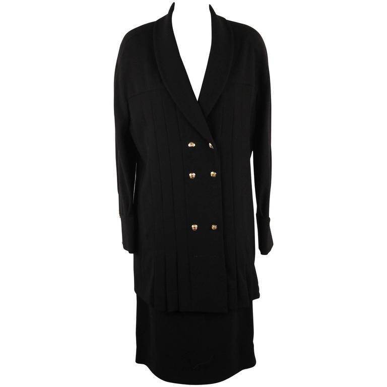 CHANEL BOUTIQUE Black SKIRT SUIT Pleated BLAZER & Skirt SIZE 40