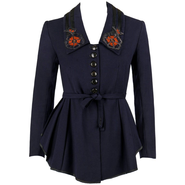 EDWARDIAN c.1910's WWI Navy Blue Wool Floral Embroidered Pleated Peplum Jacket For Sale