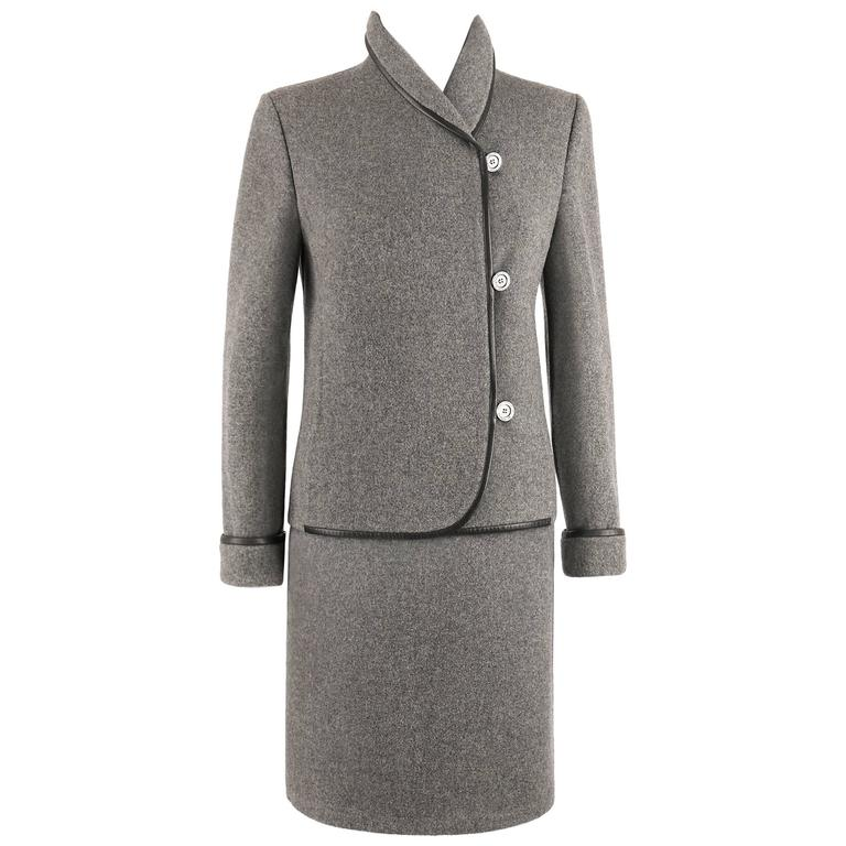 HERMES c.1960's Two Piece Gray Boiled Wool Blazer Jacket Skirt Suit Set Size 38