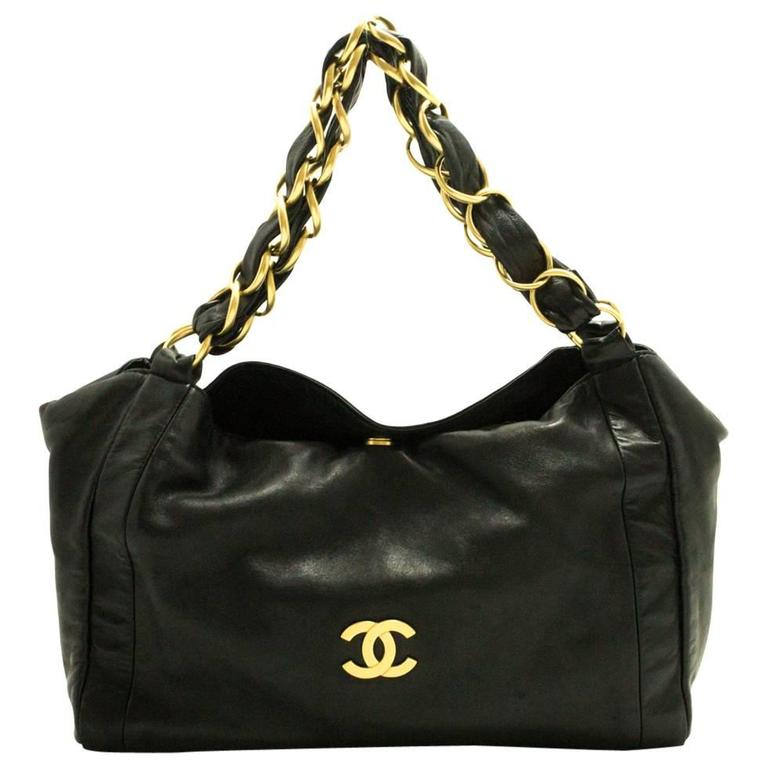 4dc6975acdca CHANEL Gold Chain Shoulder Bag Black Lambskin Leather Purse For Sale ...