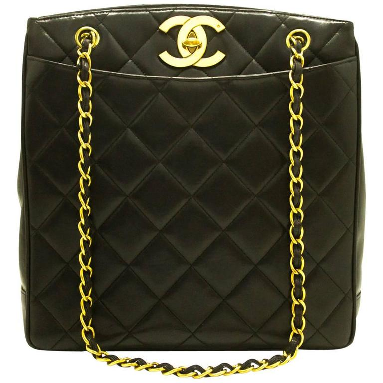 CHANEL Lambskin Gold Chain Shoulder Bag Black Quilted Leather CC  For Sale