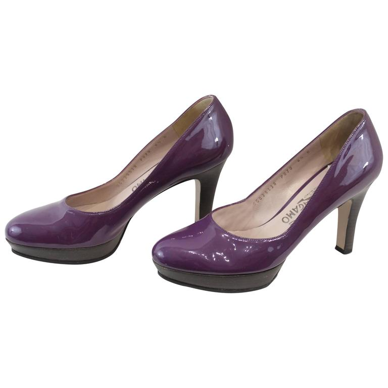 Salvatore Ferragamo High Heel Shoes in Purple Patented Leather. Size 6.5 (40EU)