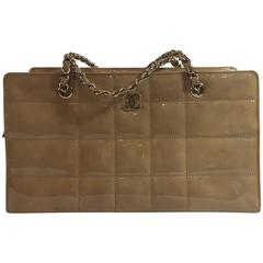 2002P Chanel Beige Patent Chocolate Bar Quilted Camera Bag