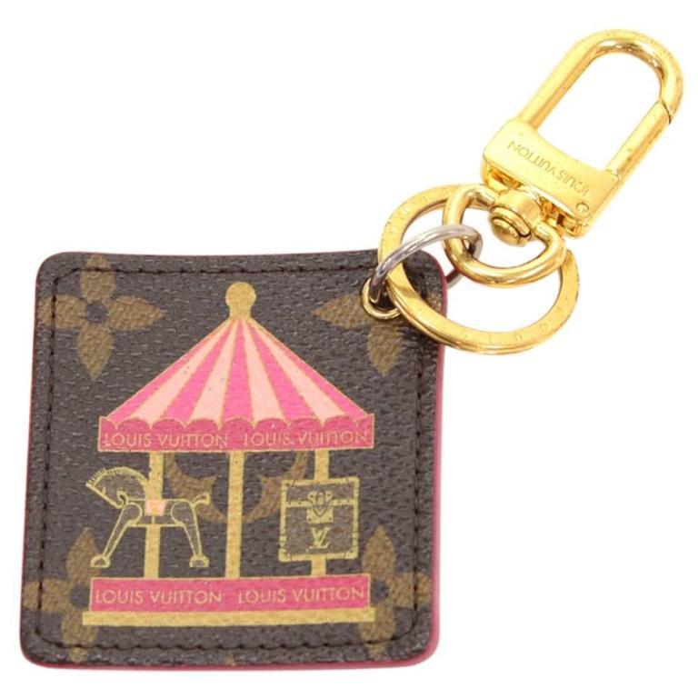 Louis Vuitton Illustre Carousel Monogram Gold Tone Key Chain/Holder 1