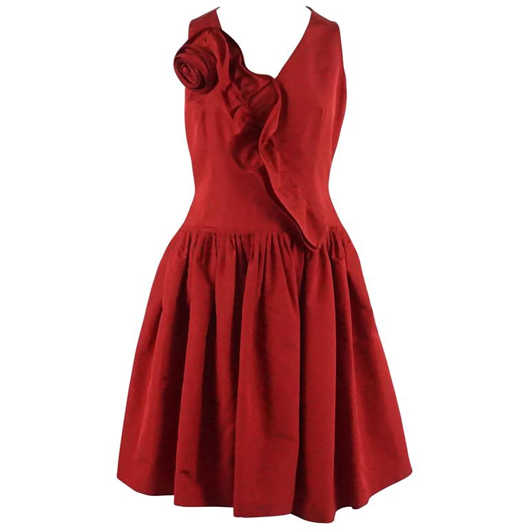 Oscar de la Renta Red Silk Taffeta Dress with Rose Detail - 6