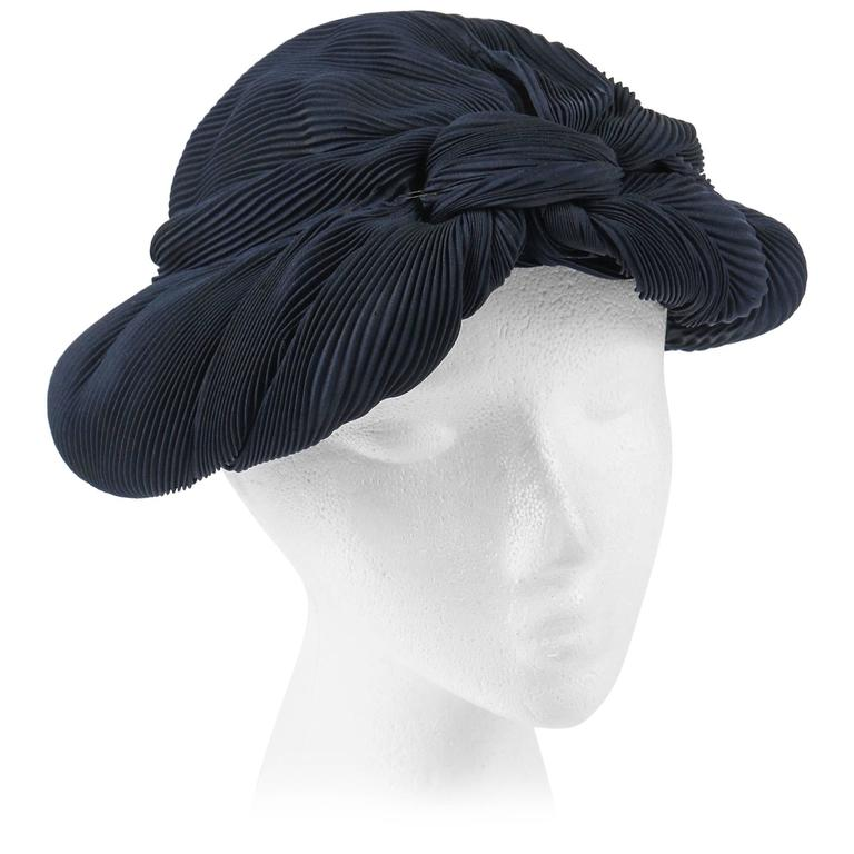MADAME AGNES c.1930 s Midnight Navy Blue Plisse Pleat Silk Turban Dinner Hat  For Sale 3305e708ae70