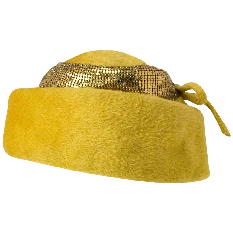 50s Leslie James Mustard Structured Hat with Metal Mess Trim
