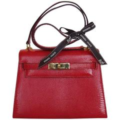 Exceptionnal and Rare Hermes Mini Kelly Bag 20 cm 2 ways Red Lizard Gold Hdw