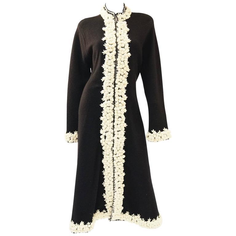 NWT Oscar de la Renta Black Wool Knotted Yarn Coat
