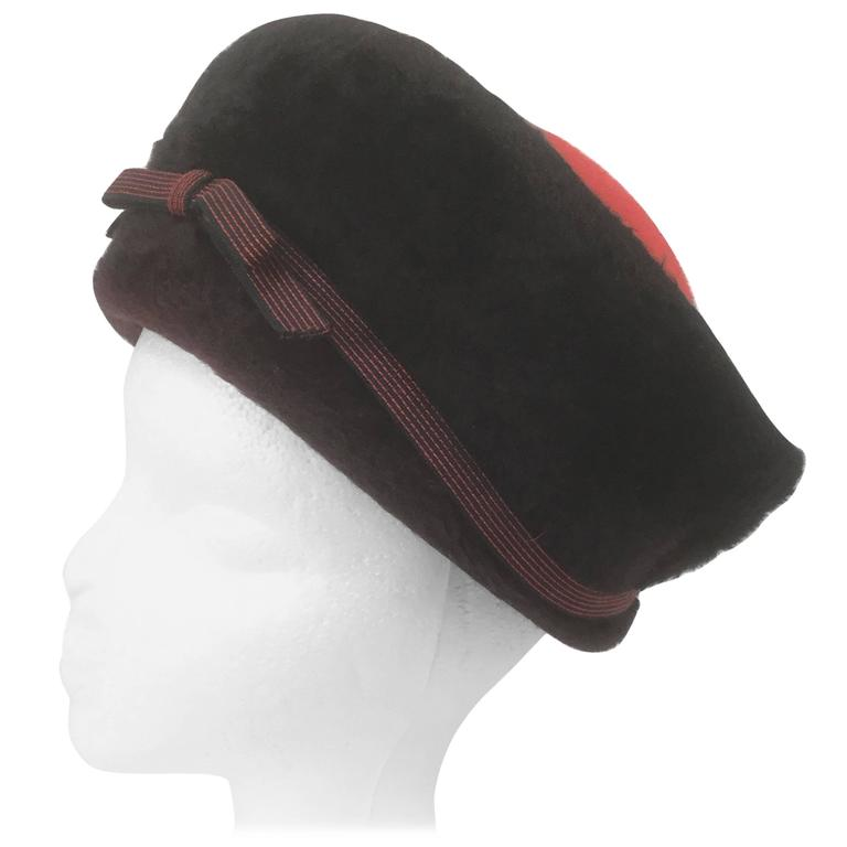 1950s Schiaparelli Red and Black Felt Eastern Hat