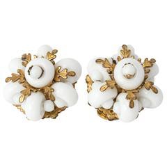 50s Kramer White Glass and Rhinestones Flower Earrings