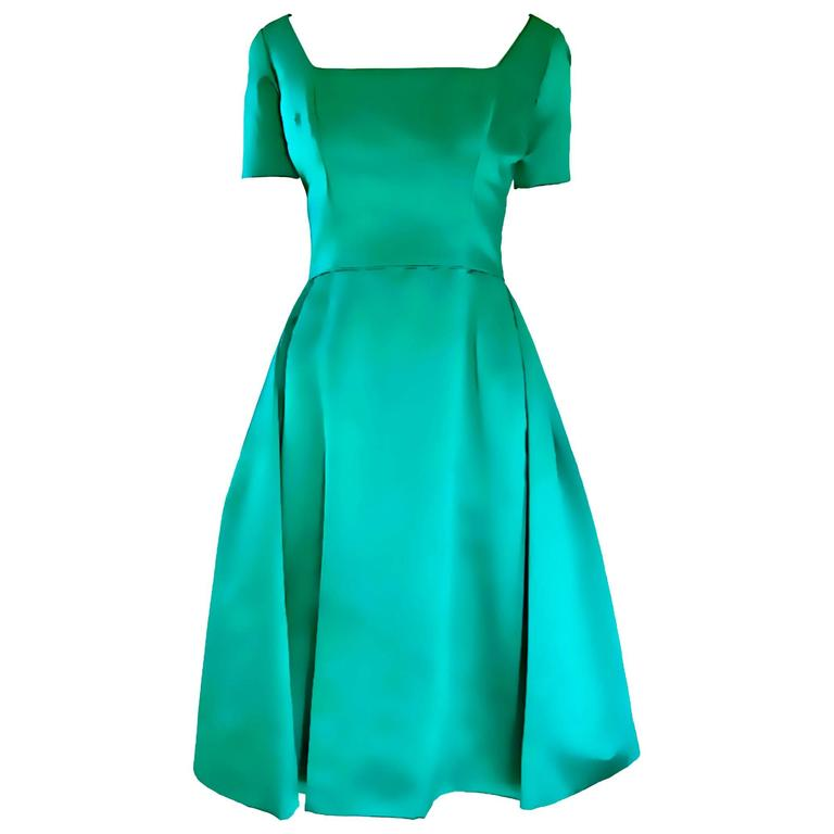 Beautiful 1950s Michael Novarese Kelly Green Silk Satin Fit n' Flare 50s Dress  1