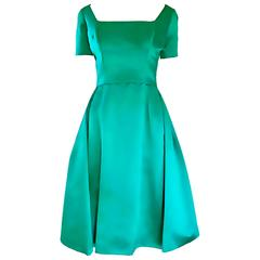 Beautiful 1950s Michael Novarese Kelly Green Silk Satin Fit n' Flare 50s Dress