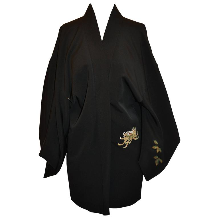 "Japanese Black Silk with Cream ""Scenes of Japan"" Interior Kimono Jacket For Sale"
