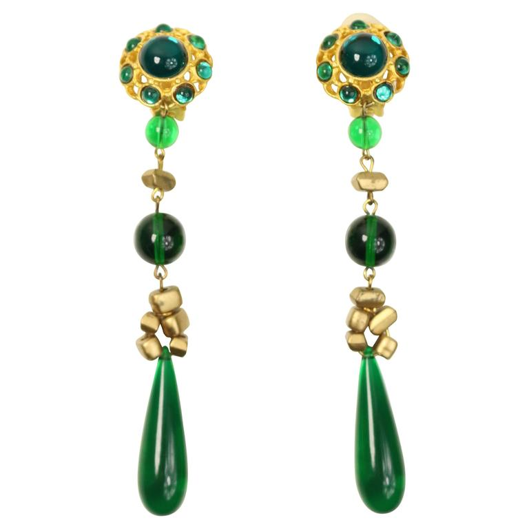 Les Bernard Gold Toned Setting Green Cabochon Stones Dangle Clip On Earrings For
