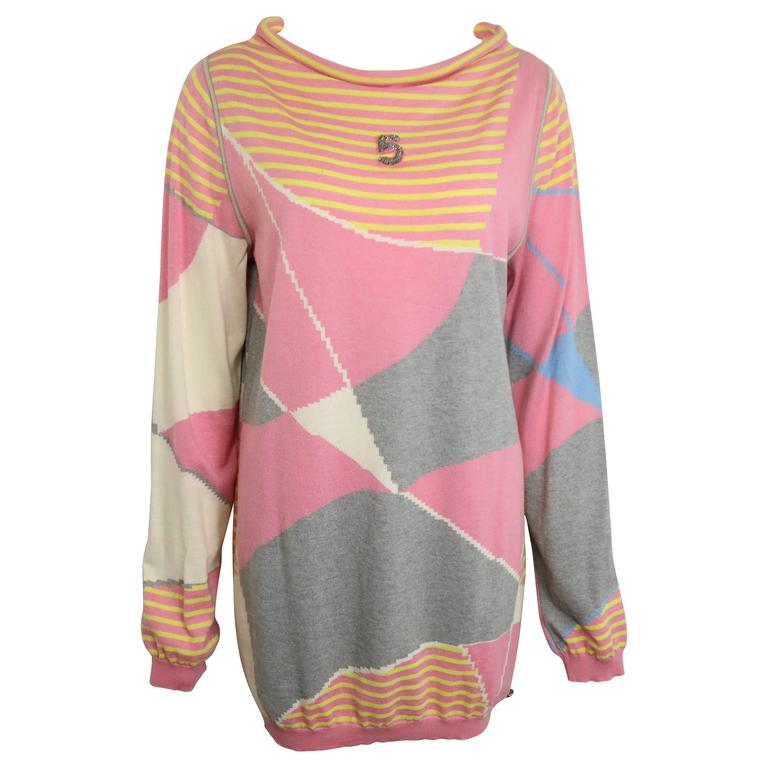 Chanel Colour Blocked Cashmere Pullover Sweater