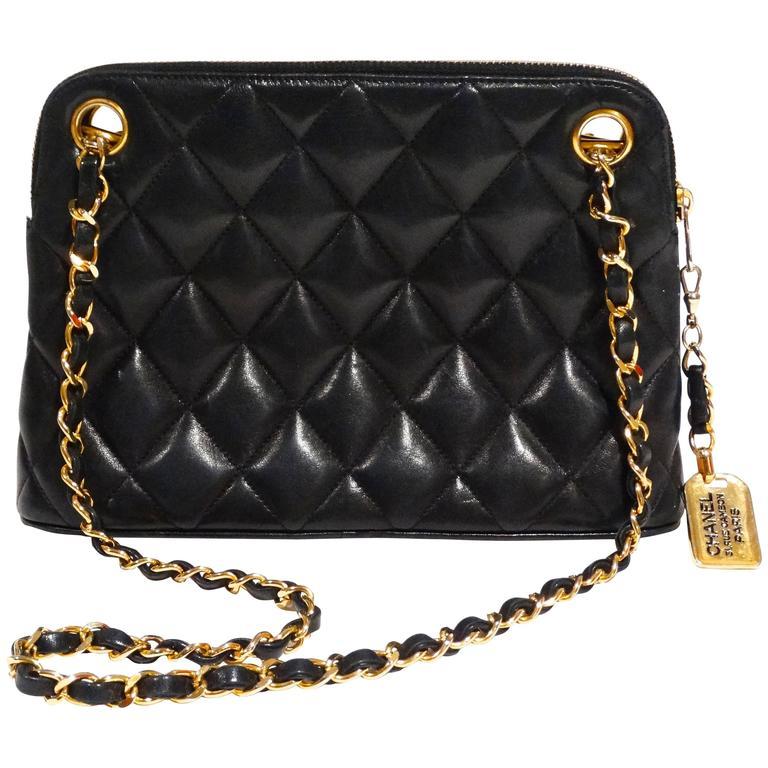 1980s Chanel 31 Rue Navy Shoulder Bag For Sale