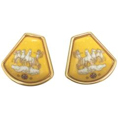 MINT. Vintage Hermes cloisonne golden earrings with prince and carriage, horse.
