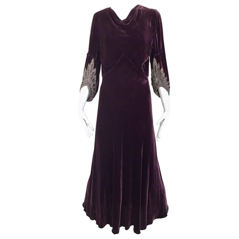 1930s Eggplant silk velvet gown For Sale at 1stdibs