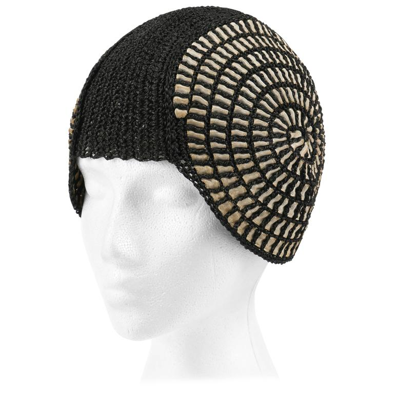 COUTURE c.1920's Black Straw Spiral Woven Ribbon Juliet Cap Flapper Cloche Hat
