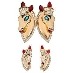 COROCRAFT c.1943 Duette Horse Equestrian Gold Earrings Brooch Demi Parure Set