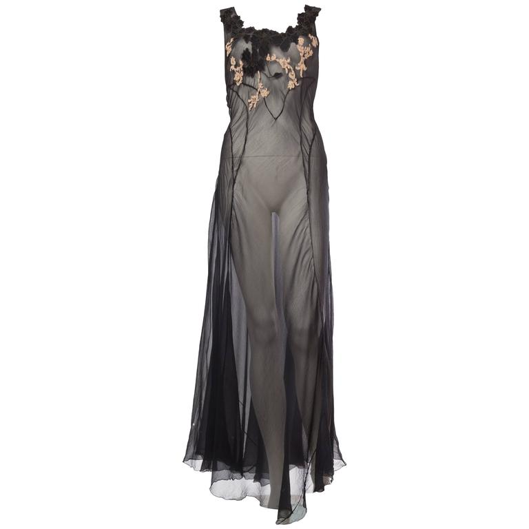 Very Fine Backless Negligee in Sheer Silk and Lace from the 1930s