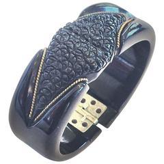 Art Deco heavily carved Licorice black hinged bakelite clamper bracelet