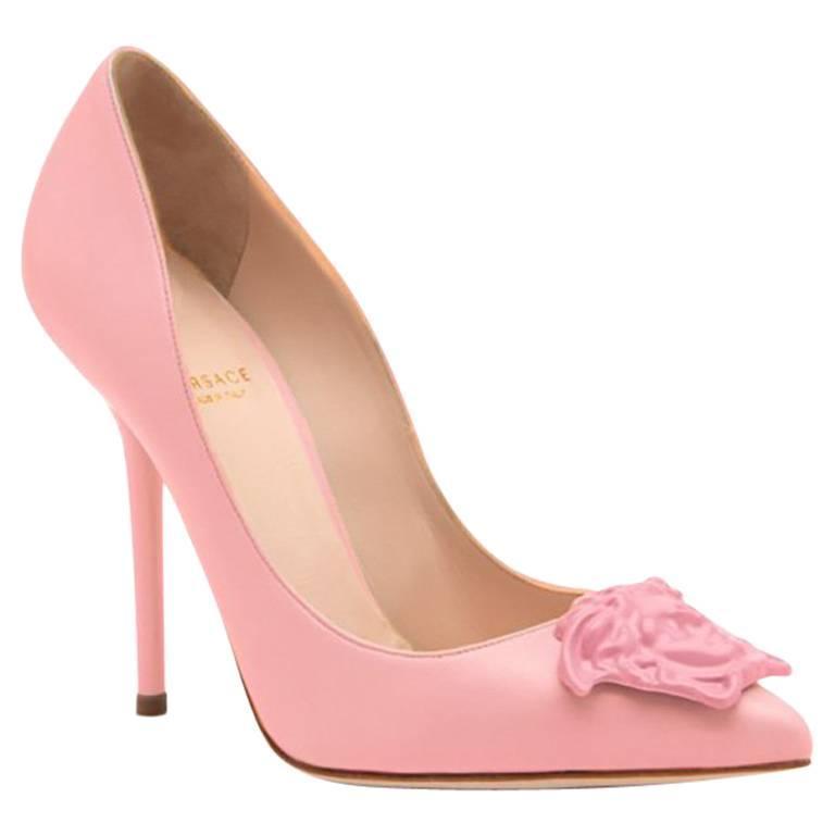 08386de7c16 New Versace Palazzo Powder Pink Leather Pumps 39 - 9