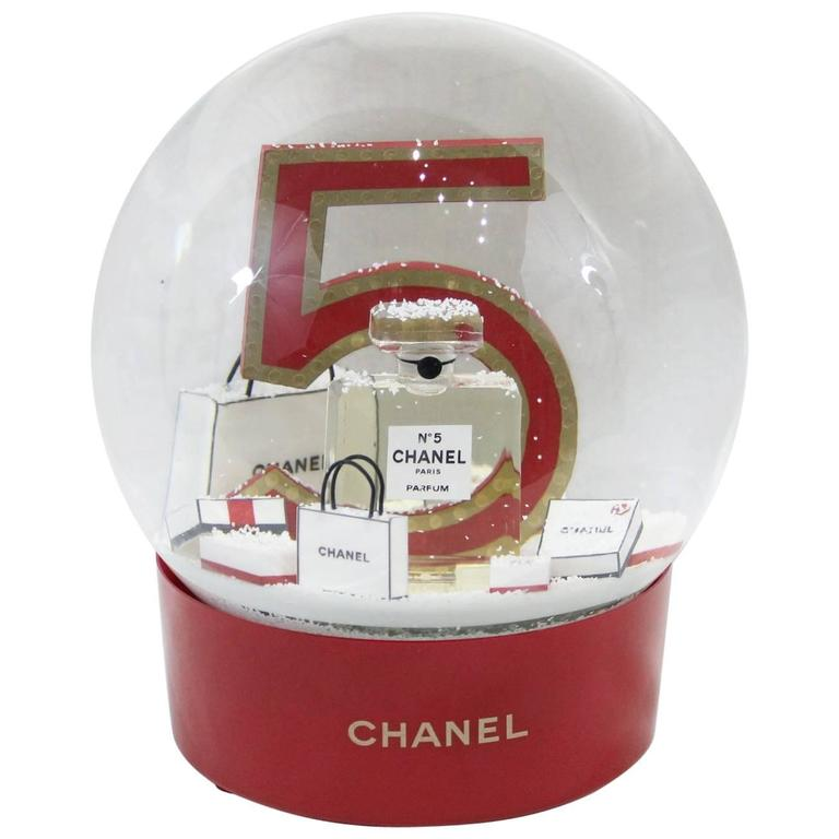Collectible Chanel Christmas Snowballl Dome from Chanel N°5. For Sale