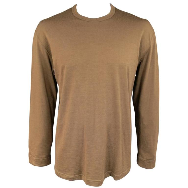 men 39 s vintage comme des garcons size l light brown soft wool crewneck pullover for sale at 1stdibs. Black Bedroom Furniture Sets. Home Design Ideas