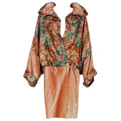 French Metallic Deco-Lame and Pink Silk Velvet Poet-Sleeve Flapper Coat, 1920s