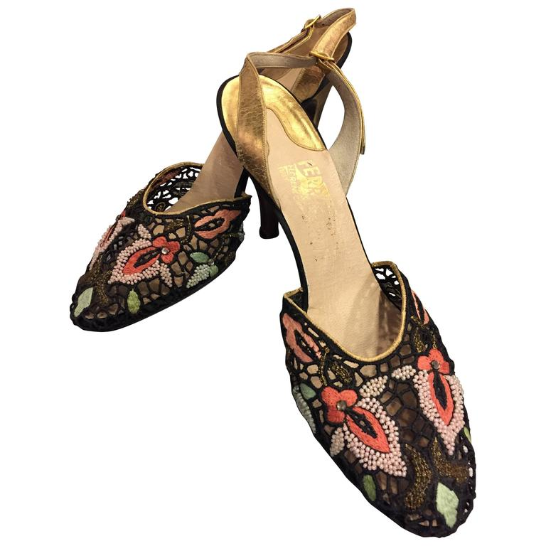 1950s Ferragamo Embroidered Lace and Gilt Leather Slingback Pumps - Book Piece