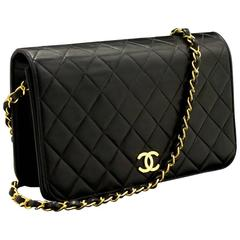 CHANEL Chain Shoulder Bag Clutch Black Quilted Single Flap Lamb
