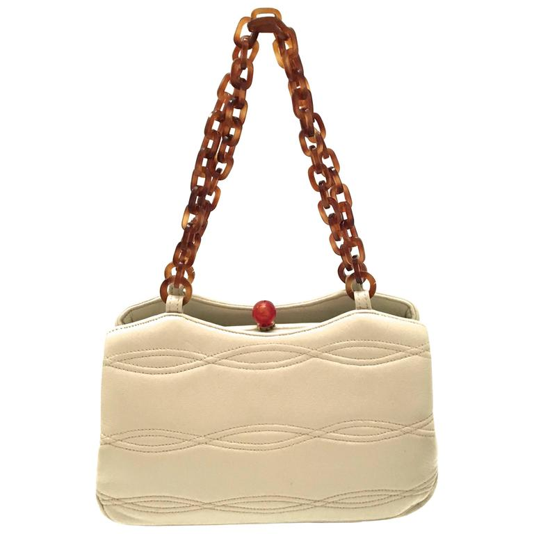 Rare 1950's Morris Moscowitz Beige Leather Purse - Bakelite Hardware For Sale