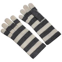 1980s Escada by Margaretha Ley Grey and White Striped Wool Gloves