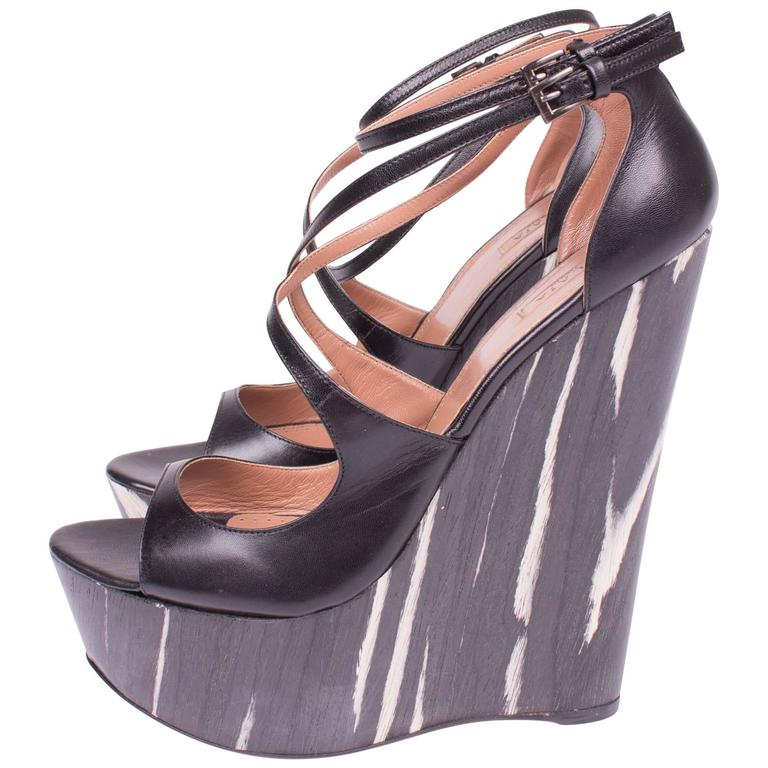 outlet perfect cheap with mastercard Alaïa Platform Wedge Pumps with mastercard sale online free shipping big sale manchester great sale sale online 1cYFFMHg