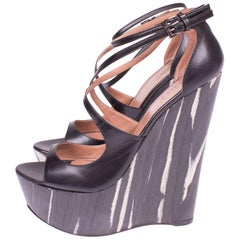 ALAIA Platform Shoes Wedges - black & white