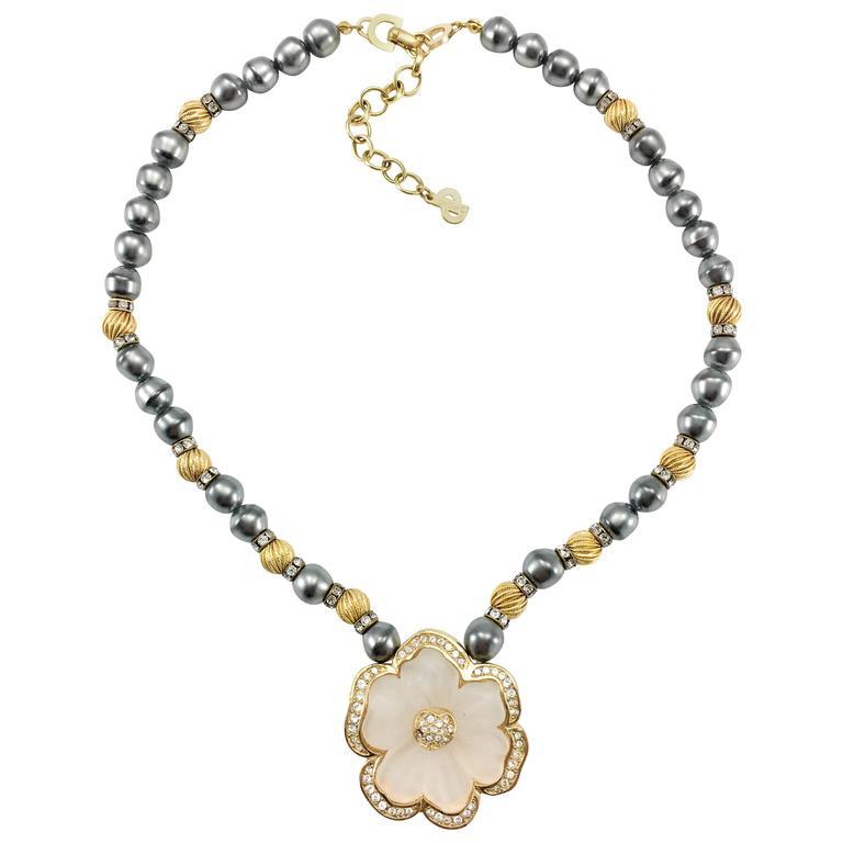 Dior Faux Pearls and Diamanté Flower Necklace - 1990's For Sale