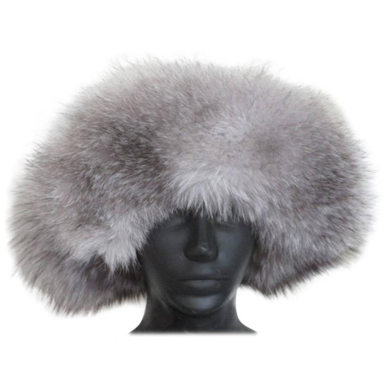 Snow White Fox Fur Hat With Black Top For Sale