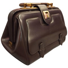 1960s Judith Leiber Cocoa Brown Leather Doctors-Style Handbag w Brass Details