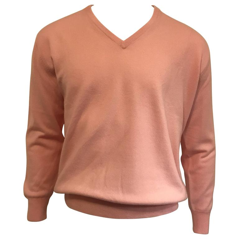Men's Loro Piana Baby Cashmere V Neck Sweater in Soft Pink