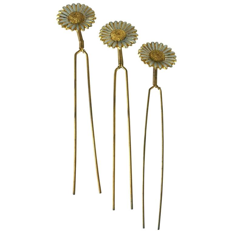 Charming Victorian Tremblant Sunflower Hair Picks 1