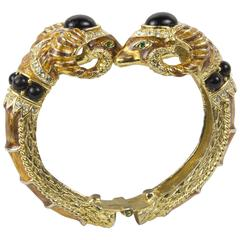 Vintage Double Ram's Head Gold Tone Clamper Bracelet