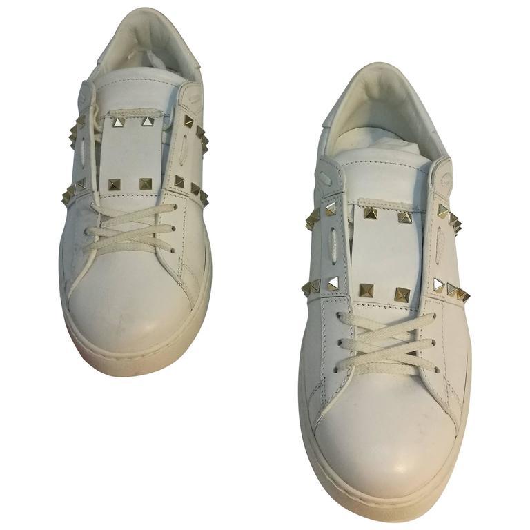 Valentino Garavani White Rockstuds Sneakers NWOT For Sale
