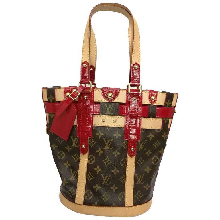 Louis Vuitton Monogram Rubis Neo Bucket Tote For Sale