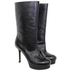 Yves Saint Laurent Black Grained Leather Trib Too Boots. S 4,5