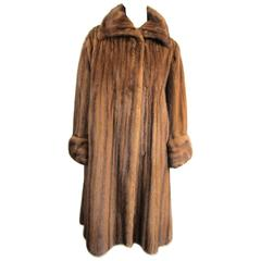 Luxurious Vintage Old Hollywood Swing Mink Fur Coat Wide Cuff